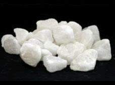 岩塩 砂利 乳白色